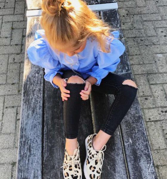 Maruti footwear look a likes van mama