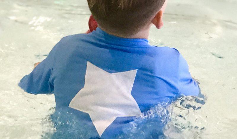 Stoere kindjes dragen zwemkleding van stoerekindjes.nl